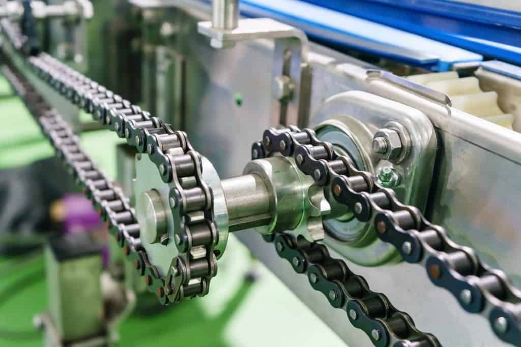 Gear,And,Chain,Drive,Shaft,In,Conveyor,Chain,,And,Conveyor